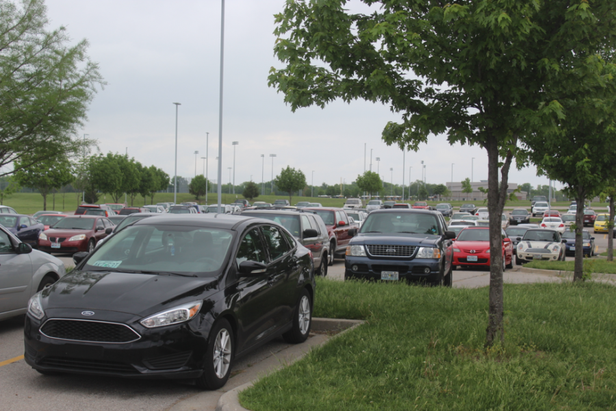 Staleys current, overcrowded parking lot.