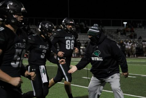 """Many of the varsity football games ended in a team talk. After 30 years of coaching, head varsity football coach Phil Lite will be retiring. """"There's a lot of stories about coach Lite, but he always kept us in check, made sure we were on schedule. But, there's a lot of great memories,"""" said junior Gavin Siegfried."""